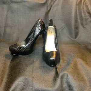 Kardashian Kollection Black PlatForm Heels